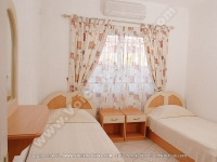 apartment_orchidee_mauritius_single_bedroom_view.jpg