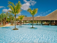 4_star_hotel_la_plantation_hotel_pool.jpg