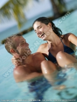 pointe_aux_biches_hotel_mauritius_couple_in_swimming_pool.jpg